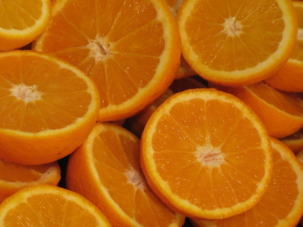 Importancia de las naranjas - Como conseguir color naranja ...